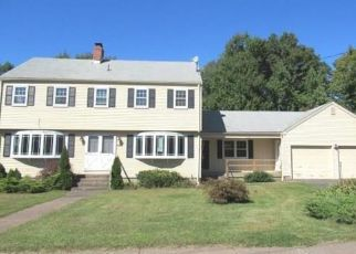 Foreclosed Home in East Hartford 06118 HILLS ST - Property ID: 4417602991