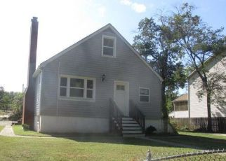 Foreclosed Home in Brooklyn 21225 BISHOP AVE - Property ID: 4417626181