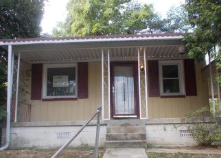 Foreclosed Home in Capitol Heights 20743 EARLY OAKS LN - Property ID: 4417627955