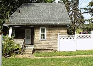 Foreclosed Home in Pittsburgh 15235 GRANDVIEW AVE - Property ID: 4417666483