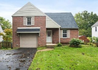 Foreclosed Home in Abington 19001 FERNWOOD AVE - Property ID: 4417670870