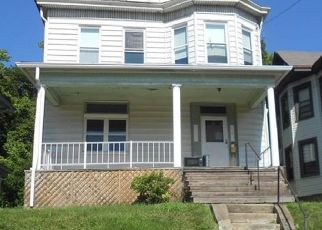 Foreclosed Home in Pittsburgh 15202 DAKOTA AVE - Property ID: 4417681826