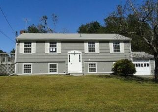 Foreclosed Home in North Kingstown 02852 HAVERHILL AVE - Property ID: 4417688833