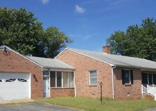Foreclosed Home in Leonardtown 20650 HOLLYWOOD RD - Property ID: 4417705467