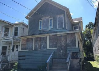 Foreclosed Home in Syracuse 13204 LAKEVIEW AVE - Property ID: 4417709855