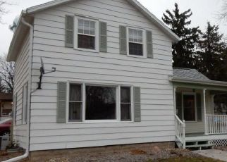 Foreclosed Home in Watertown 53094 N MONROE ST - Property ID: 4417718607