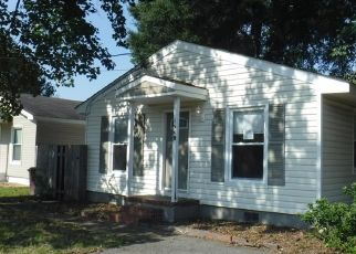 Foreclosed Home in Chesapeake 23320 ENGLISH AVE - Property ID: 4417766336