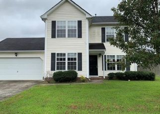 Foreclosed Home in Suffolk 23434 DUTCHLAND TRL - Property ID: 4417777734