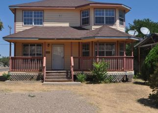 Foreclosed Home in Plainview 79072 W 19TH ST - Property ID: 4417780805