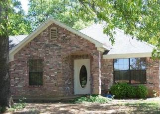 Foreclosed Home in Ben Wheeler 75754 FM 314 - Property ID: 4417782996