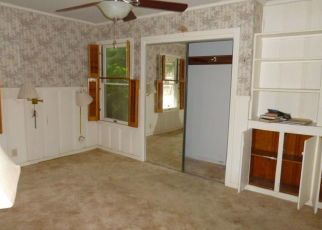 Foreclosed Home in Corpus Christi 78411 RAY DR - Property ID: 4417798309