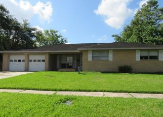 Foreclosed Home in La Porte 77571 COLLINGSWOOD RD - Property ID: 4417814970