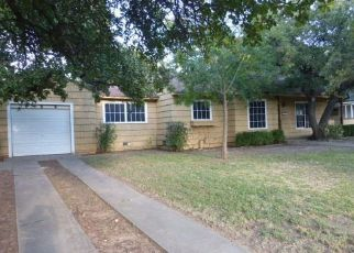 Foreclosed Home in Mineral Wells 76067 NW 6TH AVE - Property ID: 4417817137