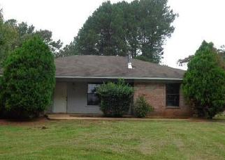 Foreclosed Home in Gilmer 75645 CIRCLE RIDGE DR - Property ID: 4417831604