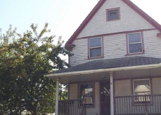 Foreclosed Home in Cleveland 44109 ROBERT AVE - Property ID: 4417896865