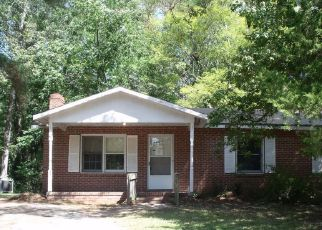 Foreclosed Home in Tarboro 27886 ROSEWOOD DR - Property ID: 4417936717