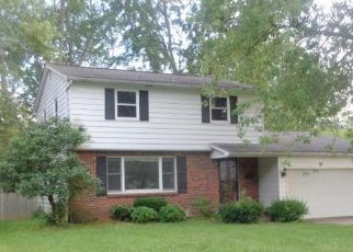 Foreclosed Home in Grand Island 14072 HENNEPIN RD - Property ID: 4417940214
