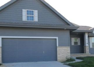 Foreclosed Home in Omaha 68135 S 193RD AVE - Property ID: 4417962559