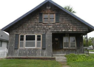 Foreclosed Home in Saint Joseph 64504 SHERMAN ST - Property ID: 4417981836