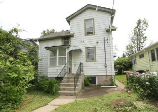 Foreclosed Home in Saint Paul 55105 RANDOLPH AVE - Property ID: 4418015553
