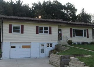 Foreclosed Home in Paw Paw 49079 FAIRFIELD DR - Property ID: 4418024304