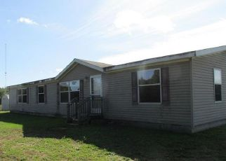 Foreclosed Home in Newaygo 49337 S PINE AVE - Property ID: 4418030440