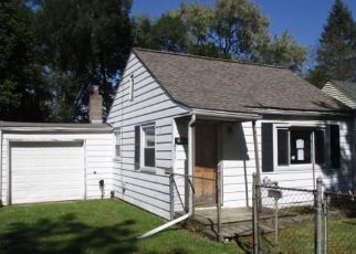 Foreclosed Home in Lansing 48910 JESSOP AVE - Property ID: 4418039191