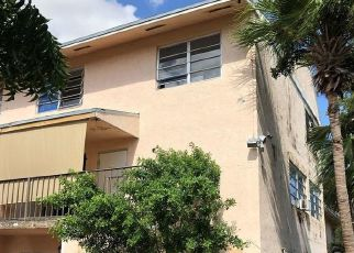 Foreclosed Home in Miami 33193 SW 82ND CIRCLE LN - Property ID: 4418054980