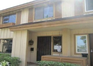 Foreclosed Home in South Gate 90280 KARMONT AVE - Property ID: 4418079941