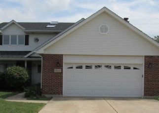 Foreclosed Home in Oak Forest 60452 NEW ENGLAND AVE - Property ID: 4418091764