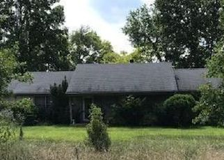 Foreclosed Home in Pendleton 40055 CEDAR RUN RD - Property ID: 4418097895