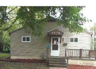 Foreclosed Home in Topeka 66611 SW CENTRAL PARK AVE - Property ID: 4418111467