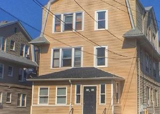 Foreclosed Home in Hartford 06106 FLATBUSH AVE - Property ID: 4418148702