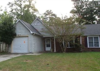 Foreclosed Home in Riverdale 30274 CREEKSTONE WAY - Property ID: 4418163588