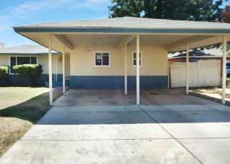 Foreclosed Home in Fresno 93704 E GRIFFITH WAY - Property ID: 4418197756