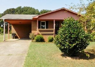 Foreclosed Home in Courtland 35618 JAMES AVE - Property ID: 4418233211