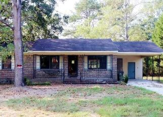 Foreclosed Home in Clanton 35045 JACKSON AVE - Property ID: 4418235410
