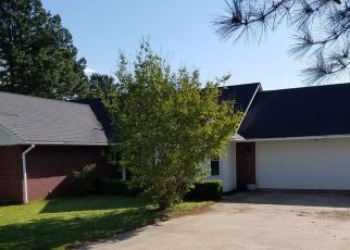 Foreclosed Home in Birmingham 35215 4TH ST NW - Property ID: 4418411929