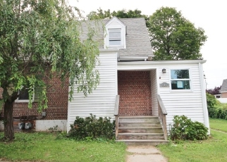 Foreclosed Home in Stratford 06615 VALLEY RD - Property ID: 4418551180
