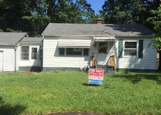Foreclosed Home in Belleville 62221 LA SALLE ST - Property ID: 4418632655