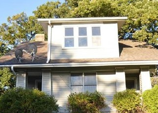 Foreclosed Home in Peoria 61607 S JEFFERSON ST - Property ID: 4418640988