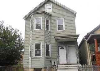 Foreclosed Home in Chicago 60636 S JUSTINE ST - Property ID: 4418675581