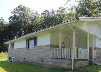 Foreclosed Home in Lily 40740 SLATE RIDGE RD - Property ID: 4418715881