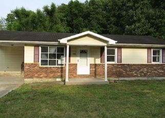 Foreclosed Home in Manchester 40962 N HIGHWAY 421 - Property ID: 4418726375