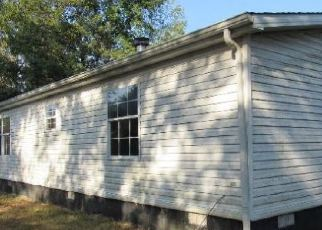 Foreclosed Home in Hodgenville 42748 SPENCER SCHOOL RD - Property ID: 4418736453