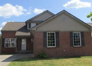 Foreclosed Home in Detroit 48214 HARDING ST - Property ID: 4418802589