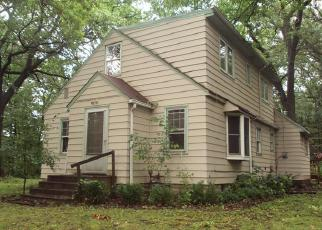 Foreclosed Home in South Saint Paul 55075 STANLEY AVE - Property ID: 4418806531