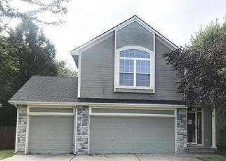 Foreclosed Home in Belton 64012 HINKLE AVE - Property ID: 4418817929