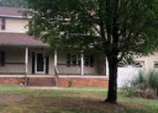 Foreclosed Home in Winston Salem 27107 CANDLELIGHT DR - Property ID: 4418854714
