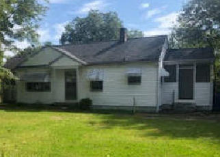 Foreclosed Home in Winston Salem 27106 CARTER CIR - Property ID: 4418855585